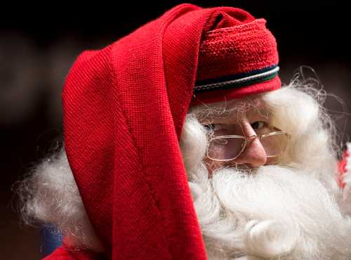 Why children believe (or not) that Santa Claus exists