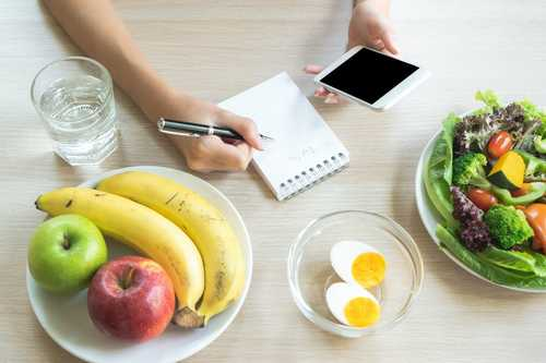 Calories or macros: nutritionist explains which works best for weight loss or building muscle