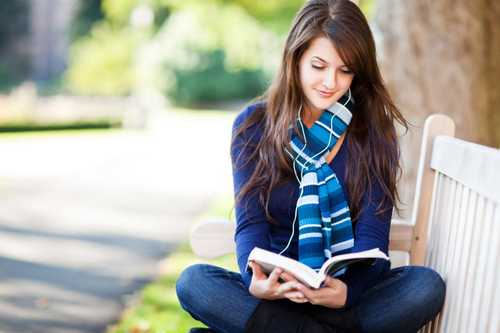 5 Powerful Mind Hacks to Read 10X More Books This Year