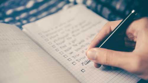"""How to Prioritize Work: 7 Practical Methods for When """"Everything is Important"""""""