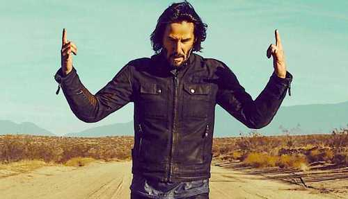 Keanu Reeves Rarely Talks About Money - but When He Does, It's Life-Changing