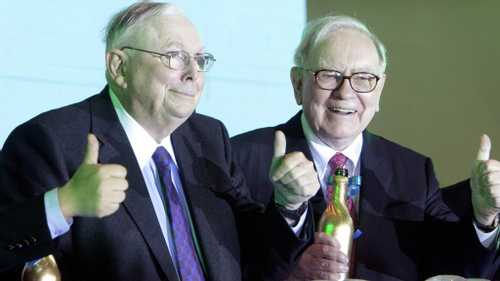 6 Essential Insights on The Future from Warren Buffett and Charlie Munger