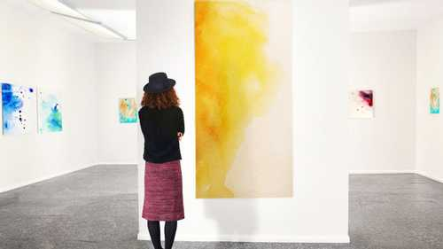 Viewing abstract art causes notable cognitive changes