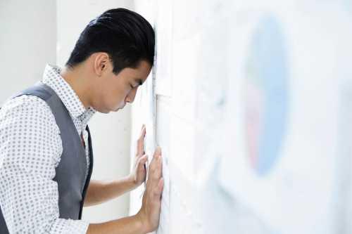 8 Ways to Stop Self-Sabotaging Your Success